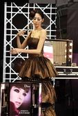 凱渥名模(韻如與佳蓉)Dior 彩妝:1048856146.jpg