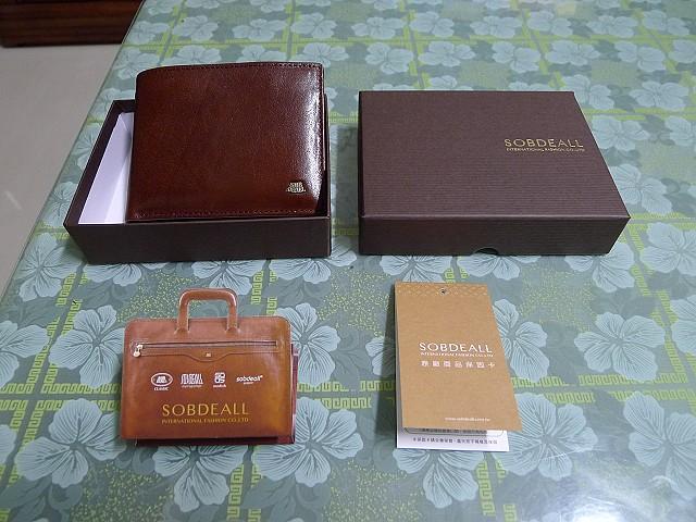 文具、肥皂、沐浴用具、Clarks、MIO588、美式服飾、皮夾、瑞士小刀、正官庄:73.JPG
