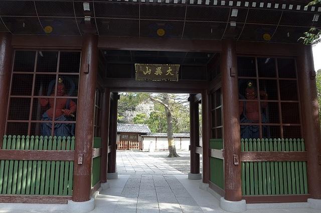 01.JPG - 鎌倉大佛、釜飯かまかま、豊島屋八十小路、白帆鎌倉
