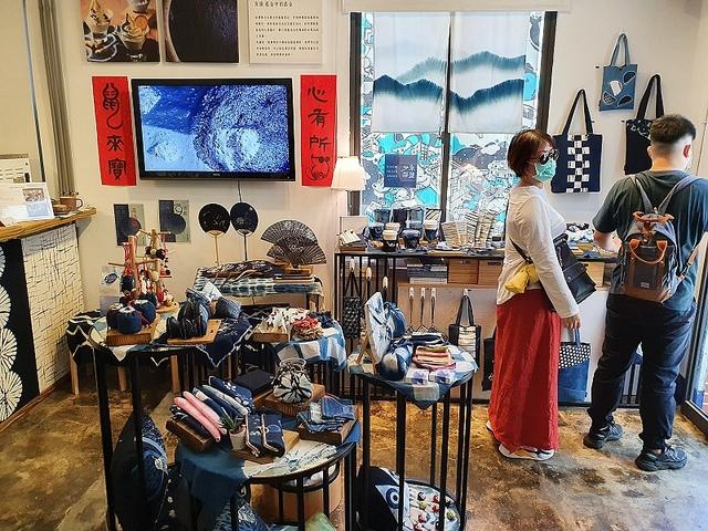 90.jpg - 希諾奇檜木博物館、六扇門火鍋、正官庄、藍晒圖、卓也藍染、陶作坊
