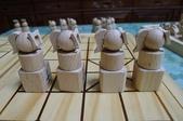 無印良品紓壓椅、乳膠枕、陶作坊、木頭象棋、牛頭牌碗、微波爐架、笛音壺、純鈦杯子吸管:57.JPG