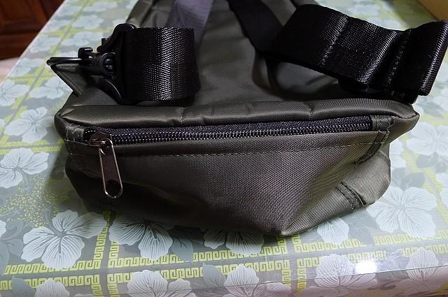 背包、垃圾桶、COACH、踢不爛、外套、正官庄、面紙盒:21.JPG