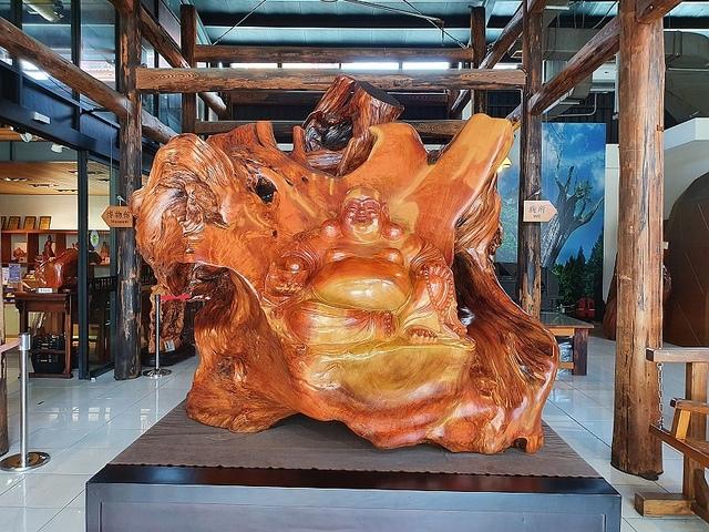 05.jpg - 希諾奇檜木博物館、六扇門火鍋、正官庄、藍晒圖、卓也藍染、陶作坊
