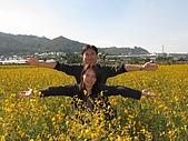 20091213新社花海+百菇莊....ㄏㄏ人比花嬌:調整大小IMG_7298.JPG