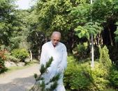 導師悲智聖相:大慈大智的   導師每日過著簡樸的農禪生活_2.jpg