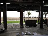 Bali:1000406峇里島Ramada Bintang飯店面海發呆亭外拍.jpg