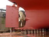 船舶進塢紀錄@廣州:認真監督的許工的側影~ (這船...真的好大!!)