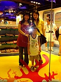 嶄新銳變的新加坡二度遊:Gift shop with Rae & 當地朋友的兒子