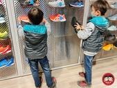 ASICS亞瑟士童鞋:jun&chen_img_210211626.JPG