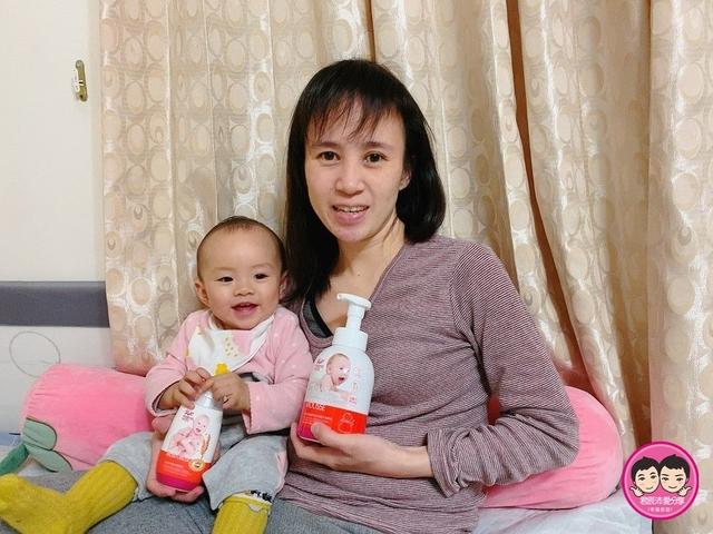 媽媽餵:peipie_img_2102051258.JPG