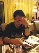 97.11.09 高雄 & 台南 遊:知道我在照,還檔的真巧妙咧!!