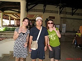 97.05.19 峇里島第三天:和老闆合照