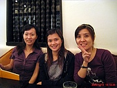 98.10.15 kiki thai cafe:怎麼我的臉最大...