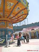 97.10.04 月眉探索樂園:皇冠鞦韆!來張合照吧!!(只為我們五人而開)