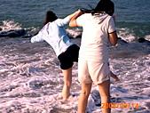 20319503/0922)) _ 海邊,八里:嗚~差點跌倒