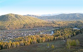 北疆遊--中國新疆〈天山以北〉:禾木一偶.JPG