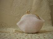 新品上市(現貨珠包):8公分粉色口金包(已售出)