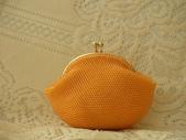 新品上市(現貨珠包):8公分菊色口金包(已售出)
