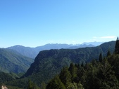 旅遊.景點(二):樂山林道遠眺 大、小霸尖山