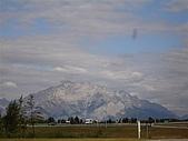 2006加拿大洛磯山脈:259 - 班夫國家公園旁的小城 Canmore  (2)