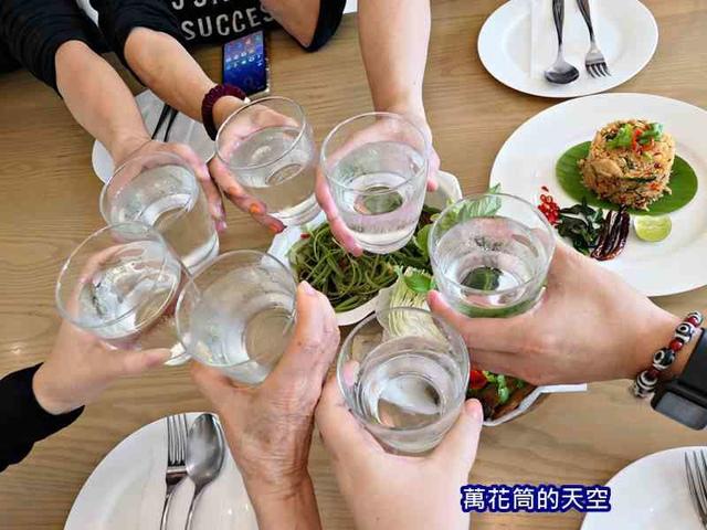 萬花筒的天空A68泰三.jpg - 20190202泰國春節迎金豬第三天華欣