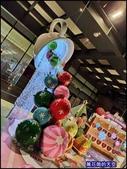 20191128台中新光三越中港店聖誕燈飾:萬花筒52屋馬中港店.jpg