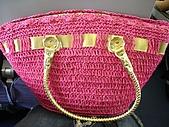 2009.05.23 - 帛琉 Day 1:我的桃紅編織包^^