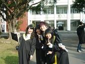 學士服可以穿去哈爾濱:1077102284.jpg