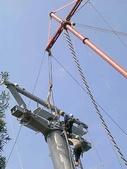 貓空纜車:纜車塔吊裝