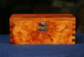 台灣牛樟瘤花寶盒/珠寶盒(n12):鳳梨花牛樟瘤取料製作,牛樟香氣濃郁,六面瘤花,極為難得:台灣牛樟瘤花寶盒/珠寶盒(n12)牛樟香氣濃郁,六面瘤花