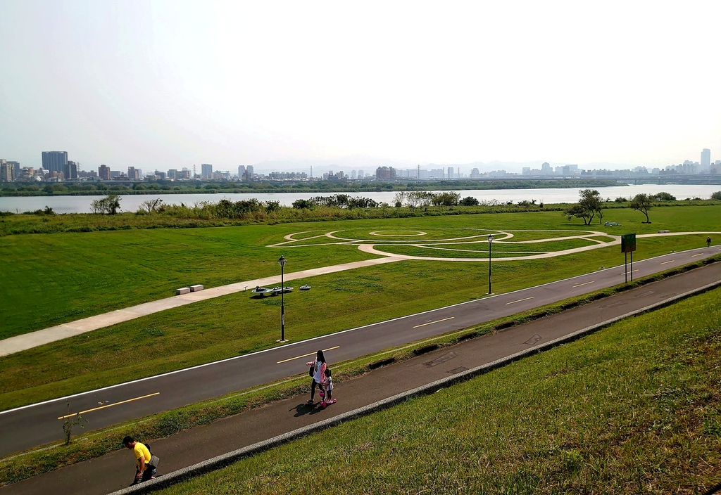 DSC_0201.JPG - 二重環狀自行車道