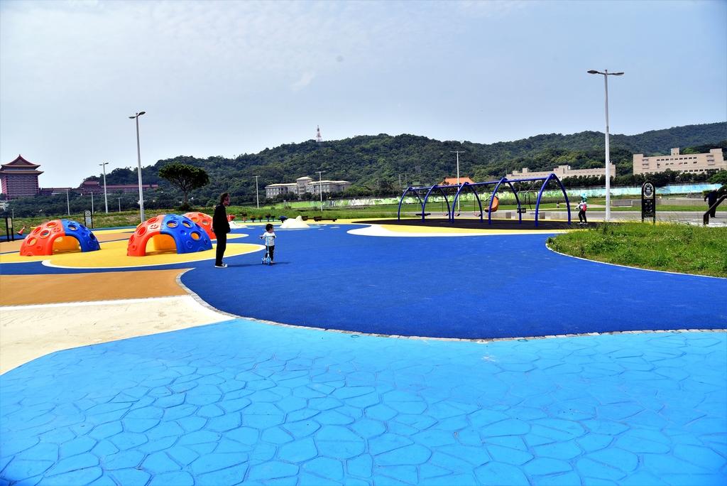 DSC_3321.JPG - 大佳河濱公園海洋遊戲場