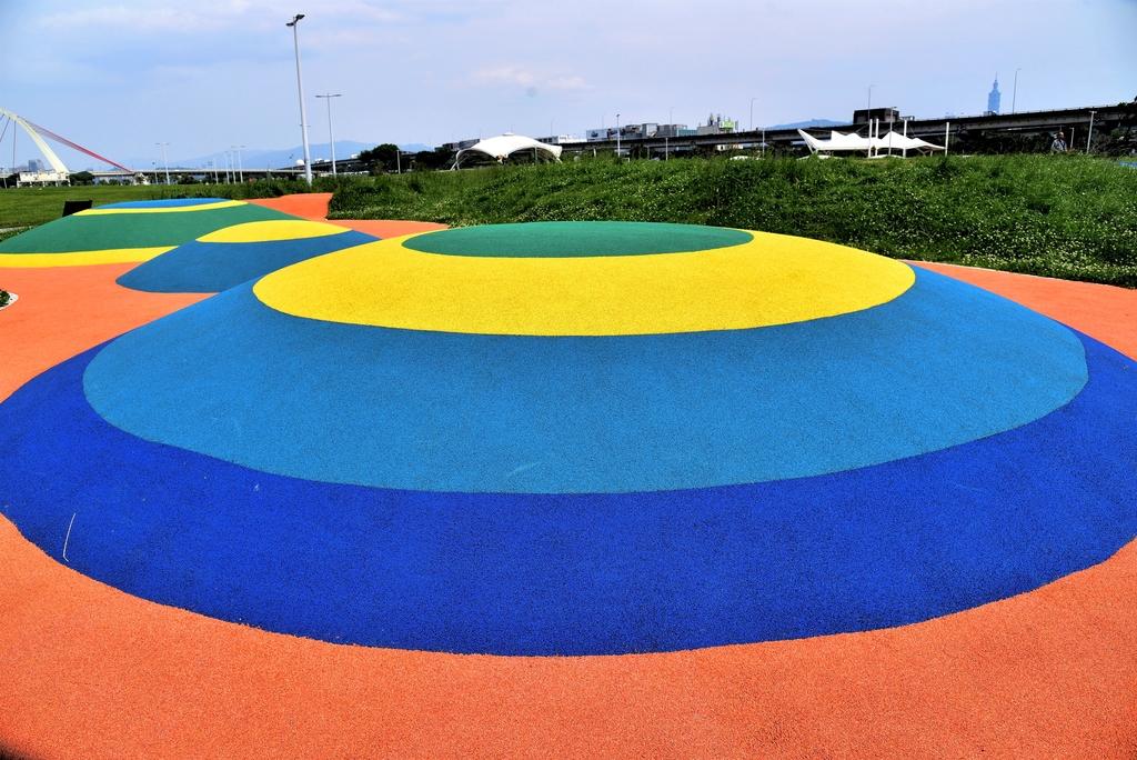 DSC_3360.JPG - 大佳河濱公園海洋遊戲場