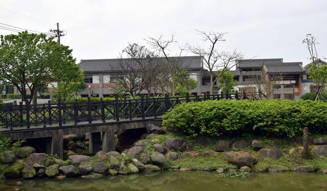 DSC_0015.JPG - 三芝遊客中心及名人文物館