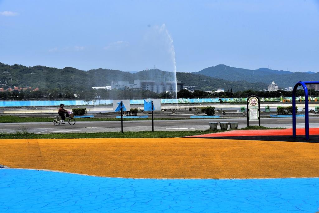 DSC_3334.JPG - 大佳河濱公園海洋遊戲場