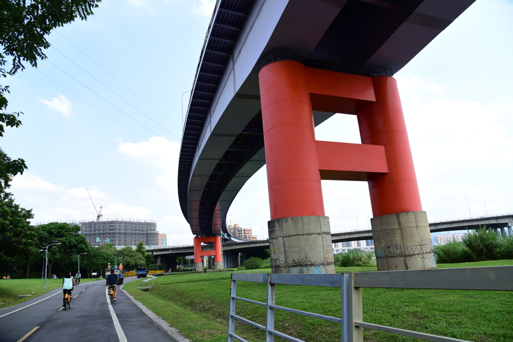 DSC_3718.JPG - 淡水河,新店溪右岸自行車道