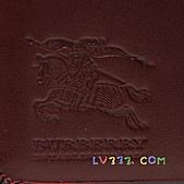 BURBERRY包/圍巾/皮夾:【LV超3A】BURBERRY 格紋中夾-紅色 (6).jpg