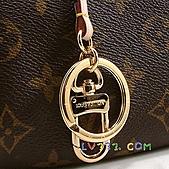 LV2010年新款包包:LV 2010春夏 M40249 Monogram Artsy 優雅肩背包(中) (2).jpg