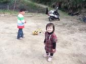 228苗栗老宫道露營採草莓:21個月大的照片 028.jpg