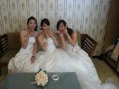 慈結婚100.11.27:可愛的兩位伴娘