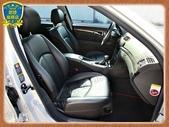 06年 BENZ W211 E280 3.0銀 黑內裝 阿曼加 跑車版 新型七速 全景天窗 烏眼楓木:2-.jpg