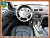 06年 BENZ W211 E280 3.0銀 黑內裝 阿曼加 跑車版 新型七速 全景天窗 烏眼楓木:4-.jpg