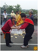 2010-04-24烏日朝仁宮往草屯敦和宮:R0032522.jpg