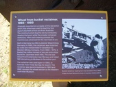 西澳。Geraldton:7是用挖土機的勺子做成的唷!.jpg