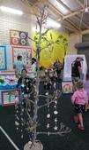Art Night:12. 更多的陶土項鍊,用枯樹掛起來很像聖誕樹一樣.jpg