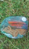 彩繪石頭 Rock Paintings:Logs Under the Moon.jpg