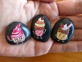 彩繪石頭 Rock Paintings:Day 15-Cupcakes.jpg