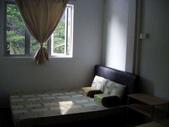 Malaysia, Kuala Lumpur:13跟其他雙人房比起來,三人房大多了.jpg