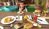 西澳。Port Denison:10 滿桌的餐點.jpg