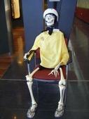 西澳。Geraldton:8一進Museum就看到這位骷髏先生.jpg